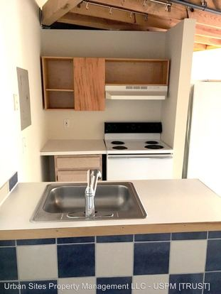 1 Bedroom 1 Bathroom Apartment for rent at 1227 Jackson St in Cincinnati, OH