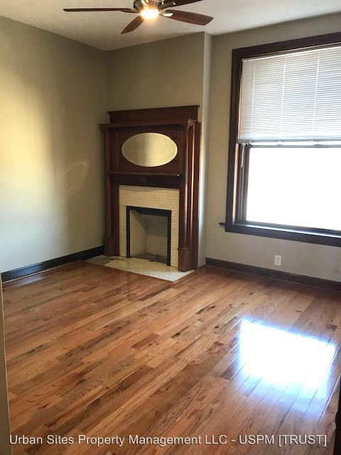 2 Bedrooms 1 Bathroom Apartment for rent at 303 Greenup St in Covington, KY