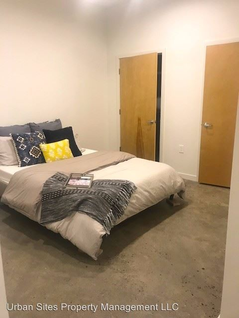 1 Bedroom 1 Bathroom Apartment for rent at 1632 Central Parkway in Cincinnati, OH