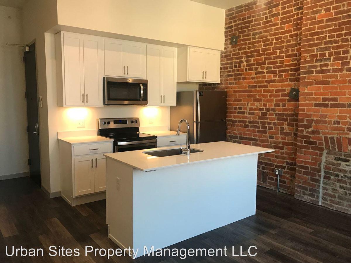 Studio 1 Bathroom Apartment for rent at 2806-08 Woodburn Avenue in Cincinnati, OH