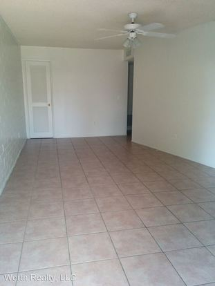 2 Bedrooms 1 Bathroom Apartment for rent at 3255 N. Country Club St. in Tucson, AZ