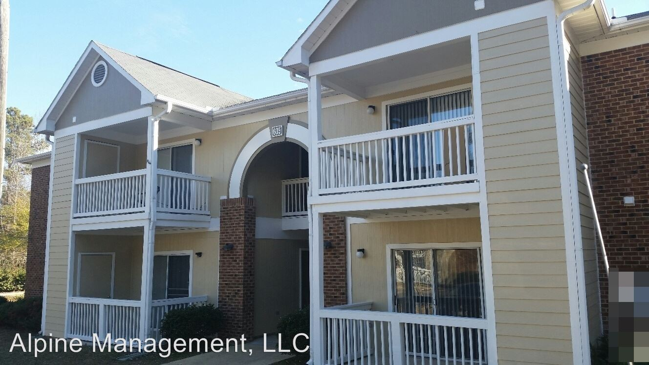 3 Bedrooms 2 Bathrooms Apartment for rent at 601-609 Worth Hinton Rd. in Zebulon, NC