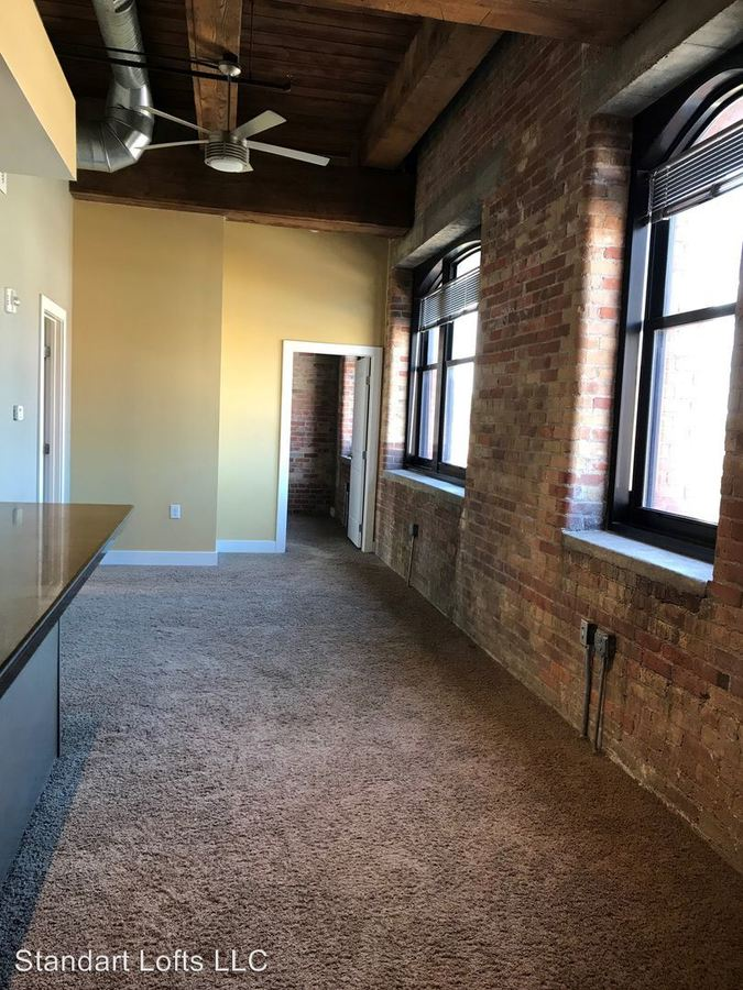 1 Bedroom 1 Bathroom Apartment for rent at 34 S. Erie St in Toledo, OH