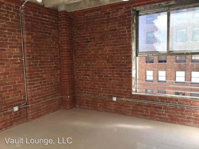 2 Bedrooms 1 Bathroom Apartment for rent at 650 S. Spring St. in Los Angeles, CA