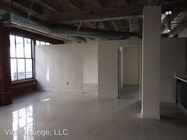 3 Bedrooms 1 Bathroom Apartment for rent at 650 S. Spring St. in Los Angeles, CA