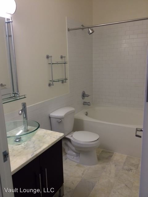 Studio 1 Bathroom Apartment for rent at 650 S. Spring St. in Los Angeles, CA