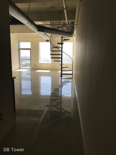 2 Bedrooms 1 Bathroom Apartment for rent at 600 S. Spring St. in Los Angeles, CA