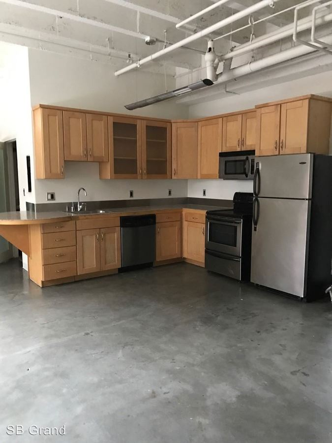 2 Bedrooms 1 Bathroom Apartment for rent at 312 W. 5th St. in Los Angeles, CA