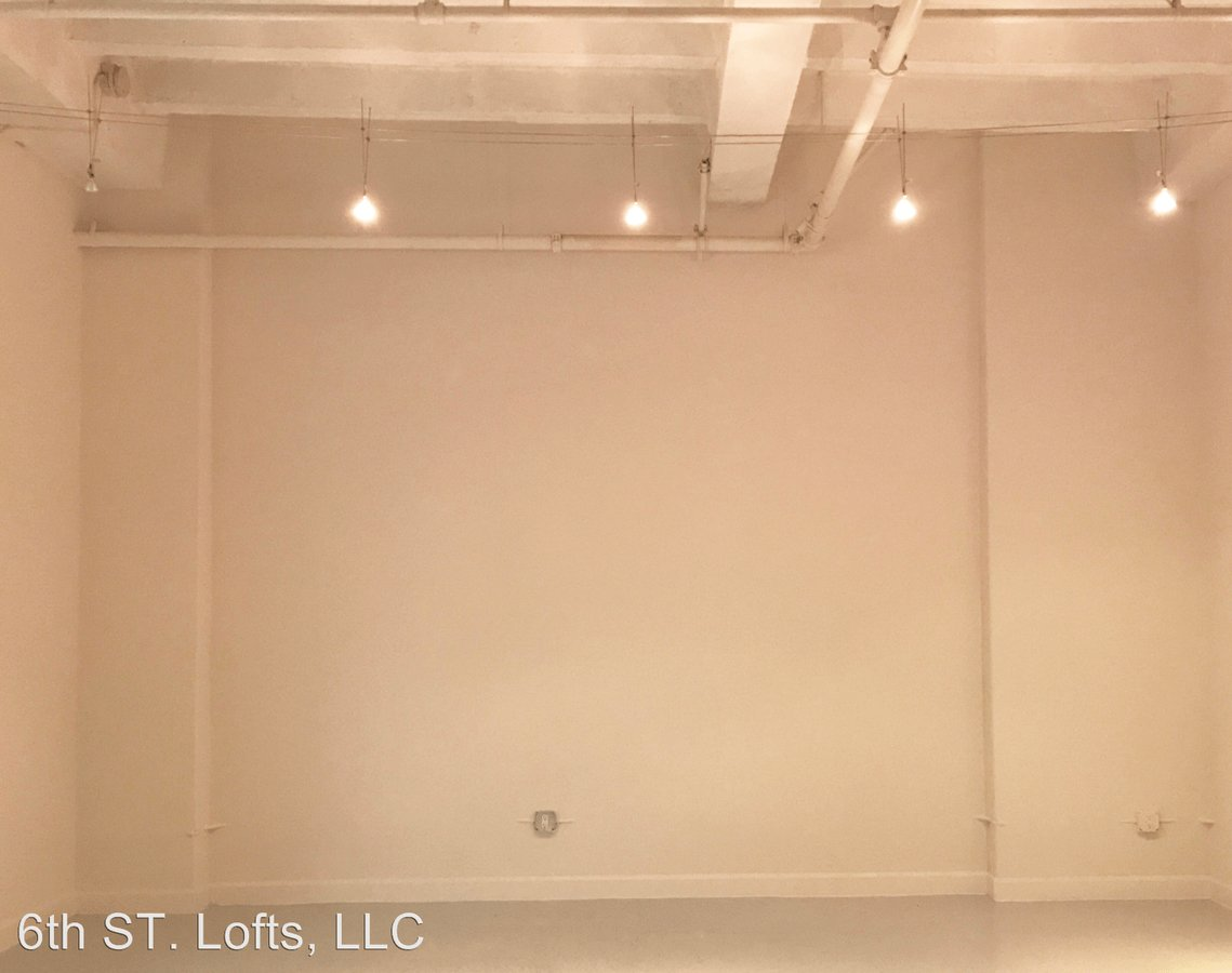 1 Bedroom 2 Bathrooms Apartment for rent at 548 S. Spring St. in Los Angeles, CA