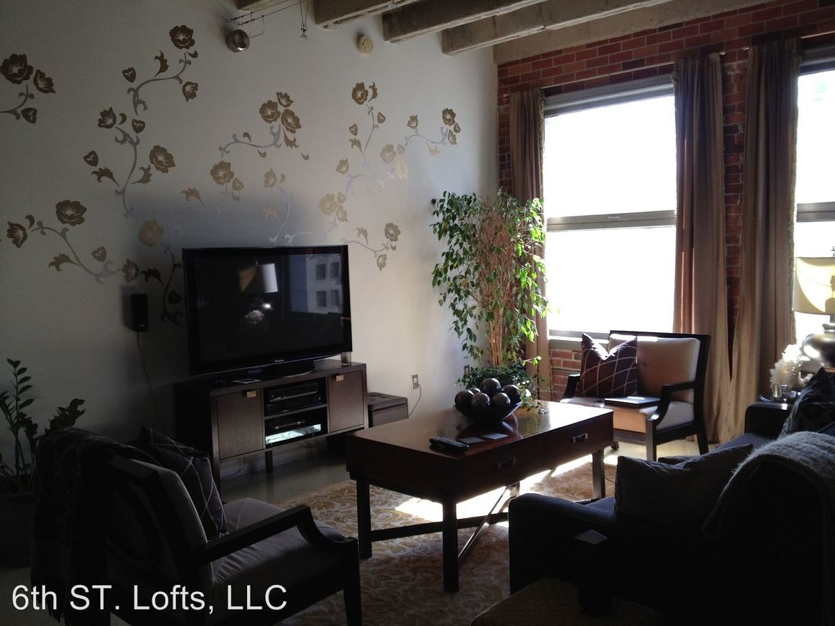 Studio 1 Bathroom Apartment for rent at 548 S. Spring St. in Los Angeles, CA