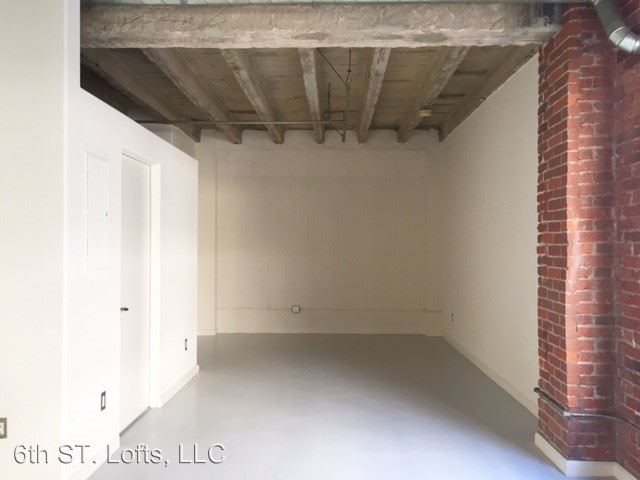 Studio 2 Bathrooms Apartment for rent at 548 S. Spring St. in Los Angeles, CA