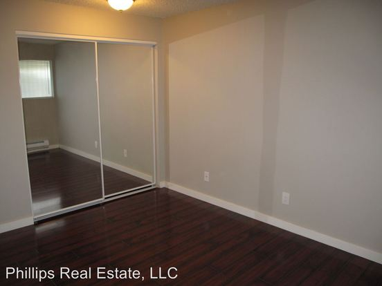 1 Bedroom 1 Bathroom Apartment for rent at 4051 Gilman Ave West in Seattle, WA