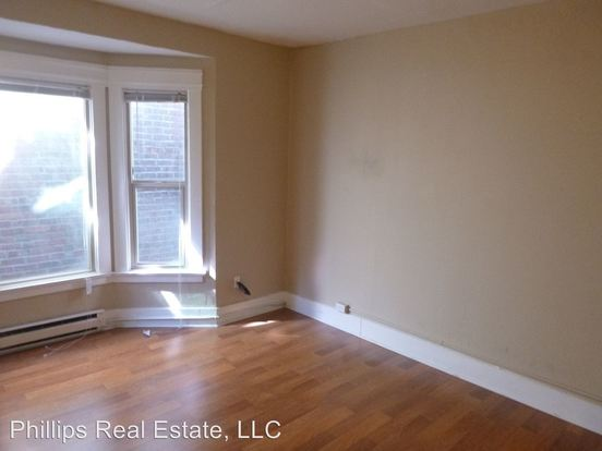 2 Bedrooms 1 Bathroom Apartment for rent at 317 Harvard Ave East in Seattle, WA