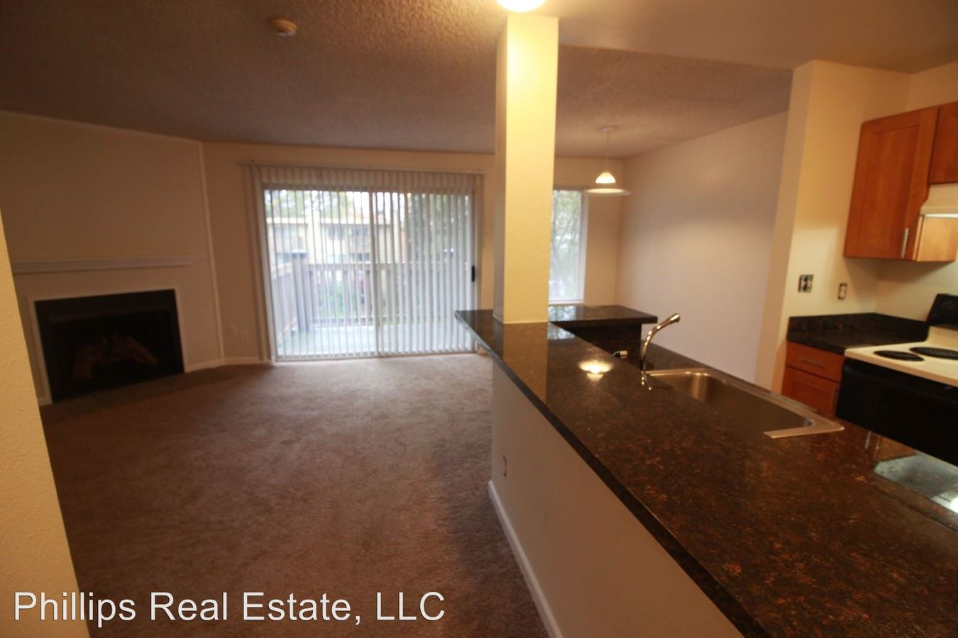 1 Bedroom 1 Bathroom Apartment for rent at 19306-19310 Bothell Way Ne in Bothell, WA