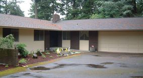 Similar Apartment at 12135 Ne 28 Th St