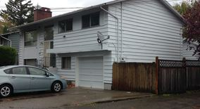 Similar Apartment at 5115 S Morgan St,