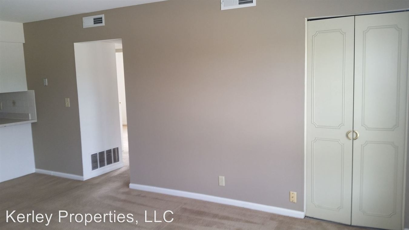 2 Bedrooms 2 Bathrooms Apartment for rent at 1320 Sangamon Drive in Belleville, IL
