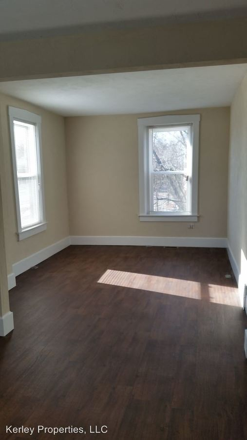 1 Bedroom 1 Bathroom Apartment for rent at 1528 Lebanon Avenue in Belleville, IL