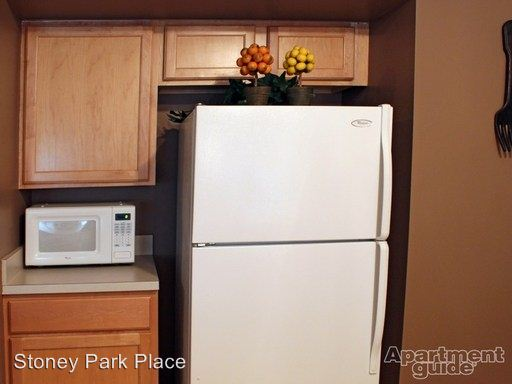 2 Bedrooms 2 Bathrooms Apartment for rent at Stoney Park Place Apartments in Shelby Township, MI