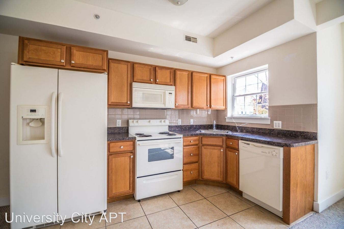 3 Bedrooms 2 Bathrooms Apartment for rent at 3411 Brandywine St in Philadelphia, PA