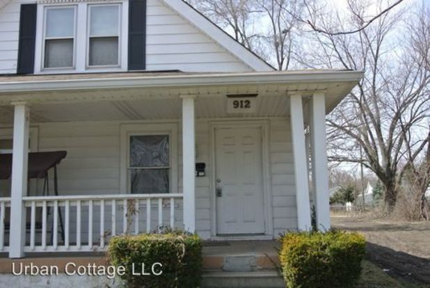 1 Bedroom 1 Bathroom Apartment for rent at 912 N. Ewing Street in Indianapolis, IN