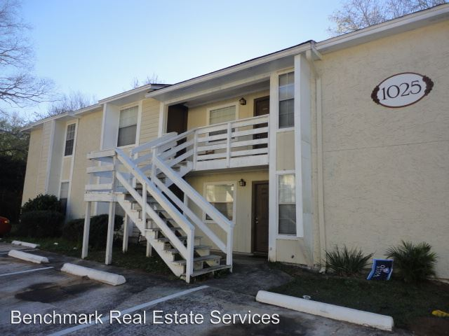 2 Bedrooms 2 Bathrooms Apartment for rent at 1025 Crossing Brook Way in Tallahassee, FL
