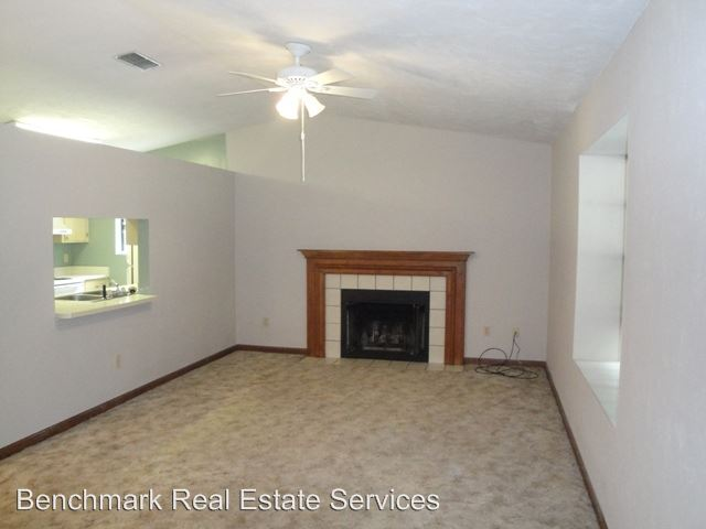 2 Bedrooms 2 Bathrooms Apartment for rent at 1500-1502 Belmont Trace in Tallahassee, FL