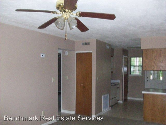 2 Bedrooms 1 Bathroom Apartment for rent at 2347 Horne Avenue in Tallahassee, FL