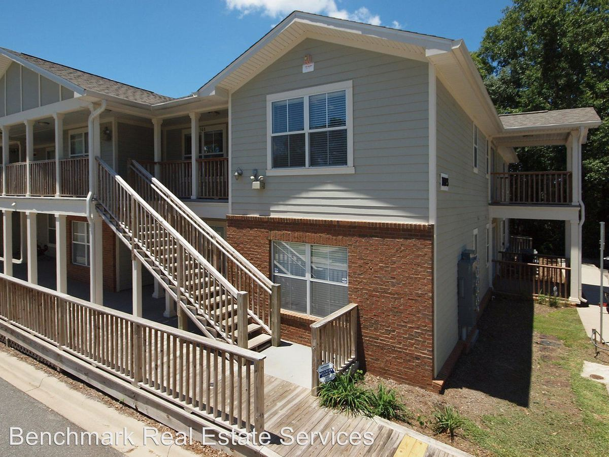 1 Bedroom 1 Bathroom Apartment for rent at Lexington Woods in Tallahassee, FL