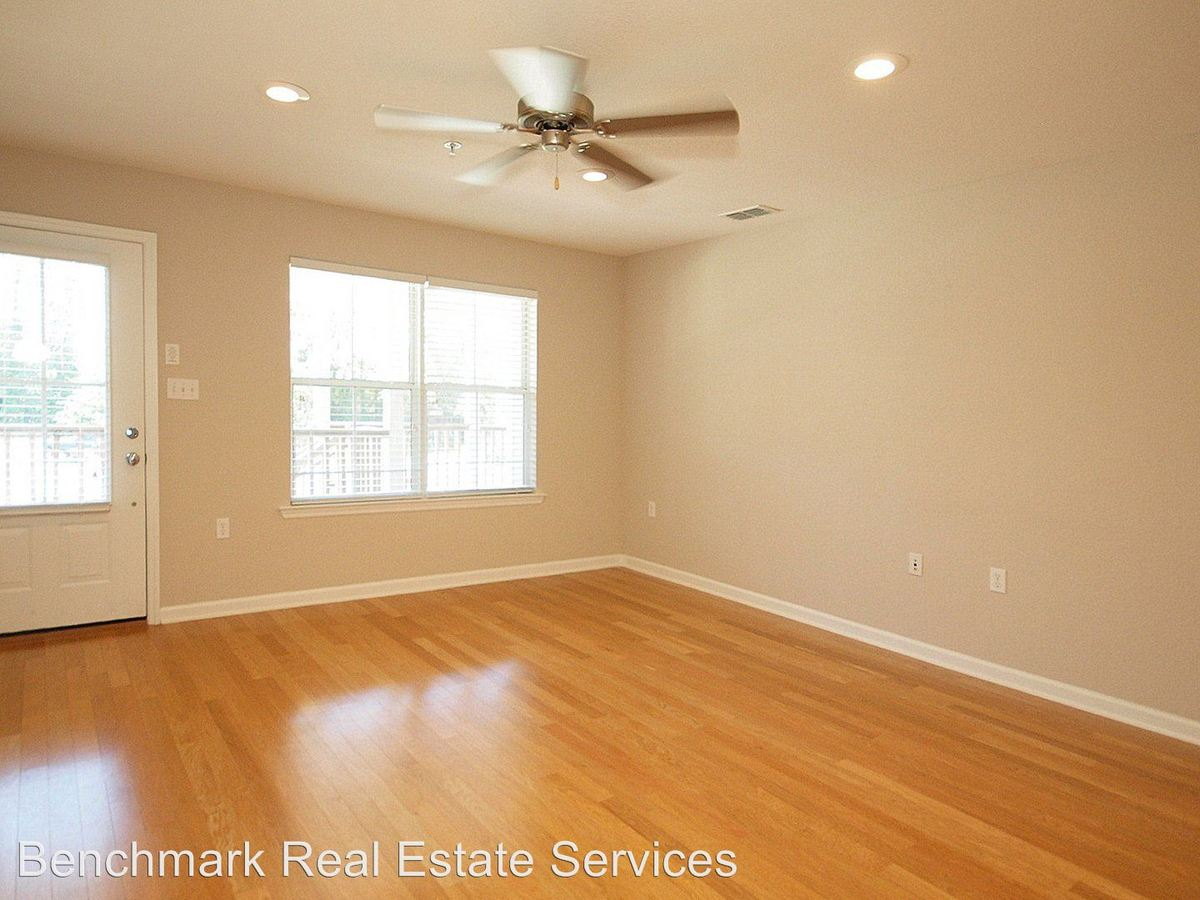 Studio 2 Bathrooms Apartment for rent at Lexington Woods in Tallahassee, FL