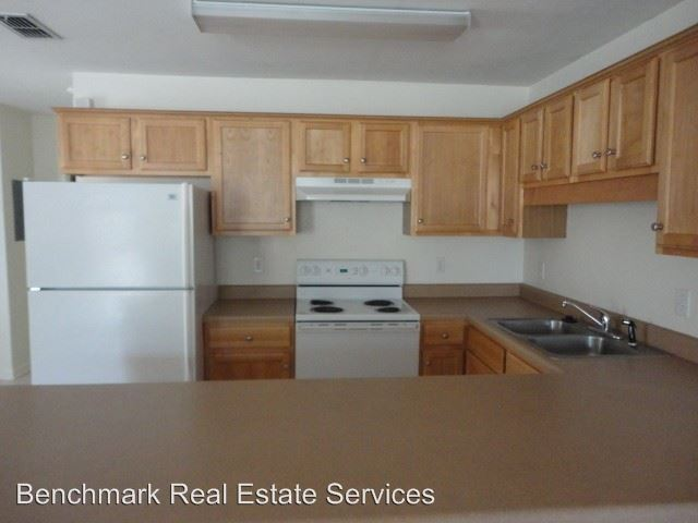 3 Bedrooms 3 Bathrooms Apartment for rent at 2210 Mission Road in Tallahassee, FL