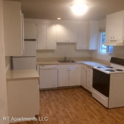 2 Bedrooms 1 Bathroom Apartment for rent at 14081 58th Avenue S in Tukwila, WA