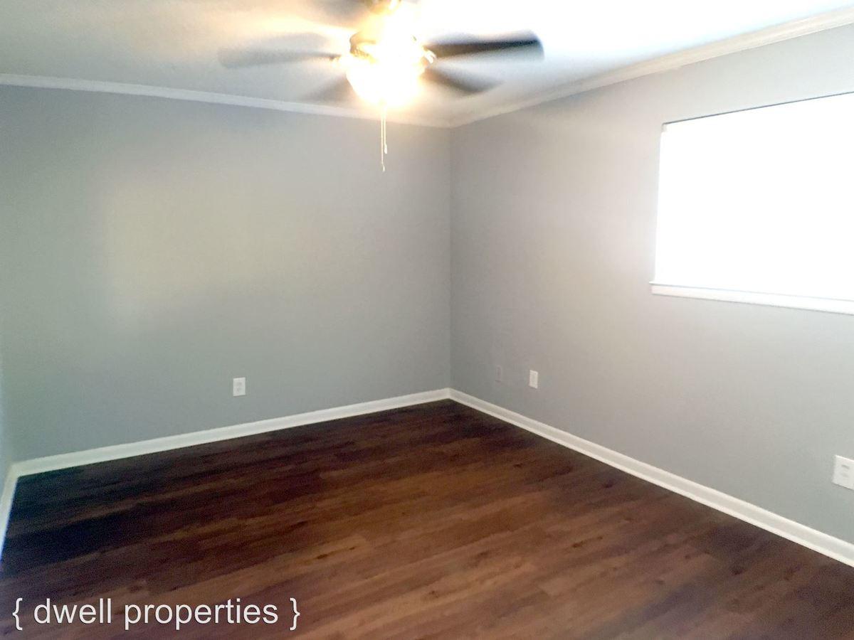 1 Bedroom 1 Bathroom Apartment for rent at 2704 Hanover Circle in Birmingham, AL