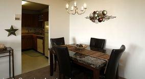 Similar Apartment at 5334 Lees Crossing Drive