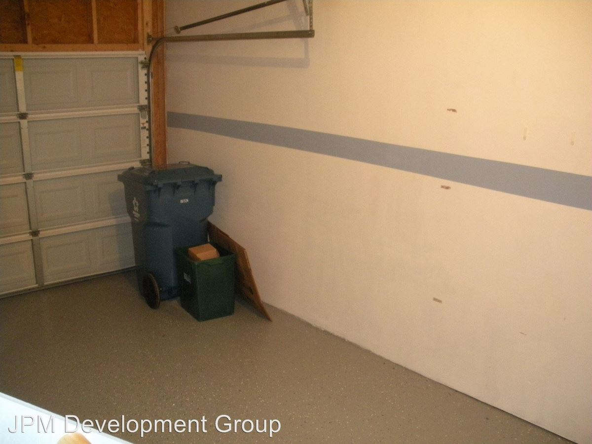 3 Bedrooms 2 Bathrooms Apartment for rent at Red Cedar in Marietta, PA