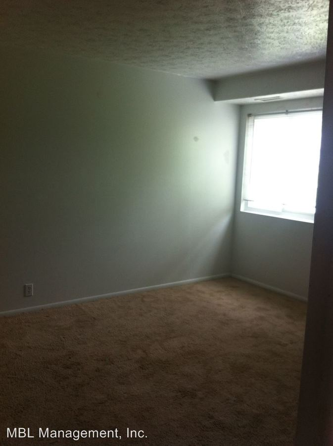 1 Bedroom 1 Bathroom Apartment for rent at 5840 Buckeye Lane #1 in Mentor On The Lake, OH