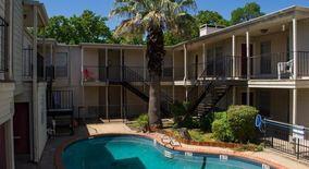 Similar Apartment at 105 W 38th 1/2 St