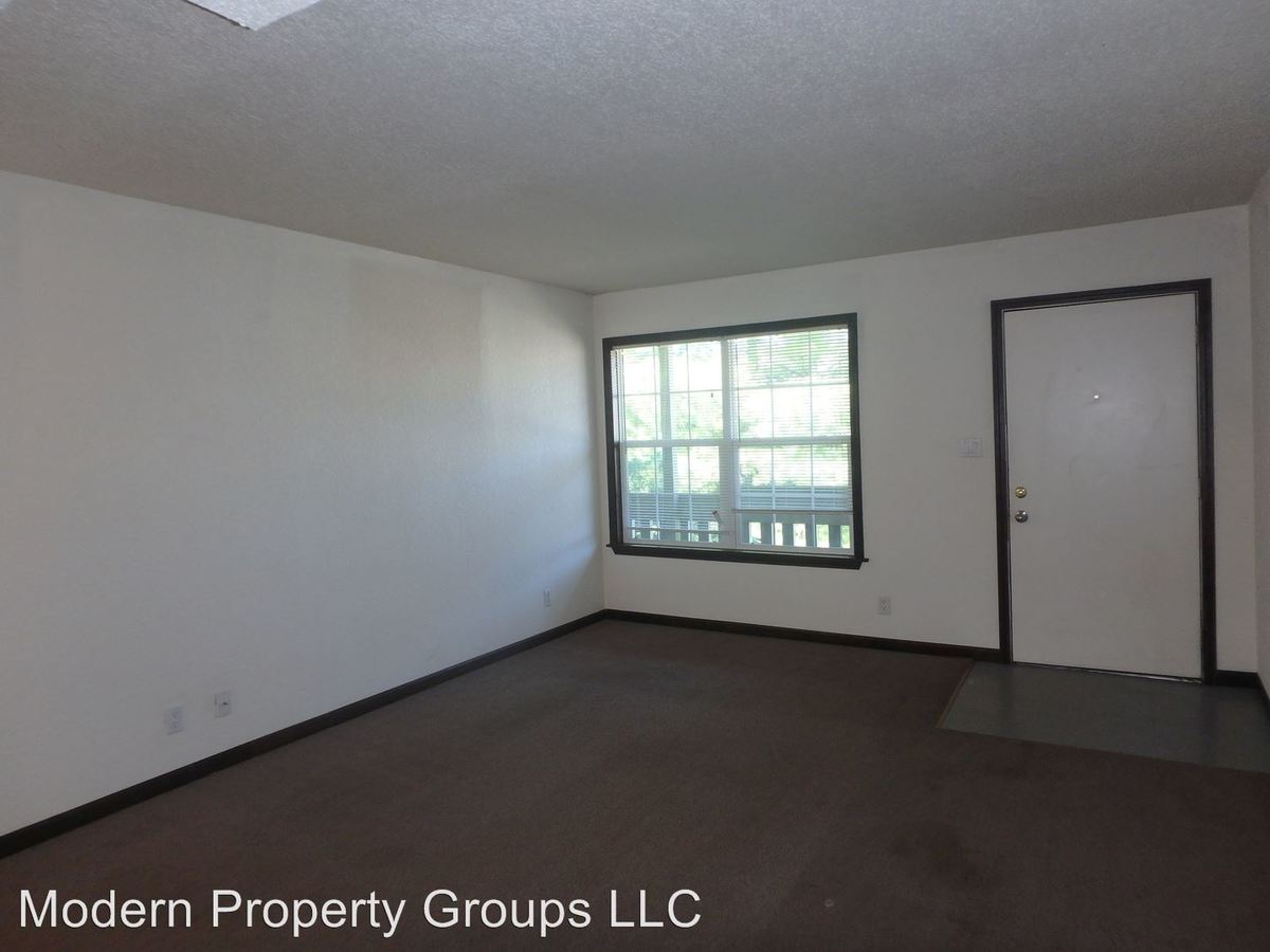 1 Bedroom 1 Bathroom Apartment for rent at 2404-2408 White Gate Dr in Columbia, MO