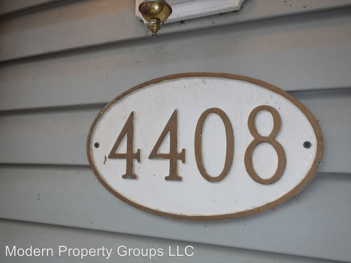 2 Bedrooms 1 Bathroom Apartment for rent at 4408 Mesa in Columbia, MO