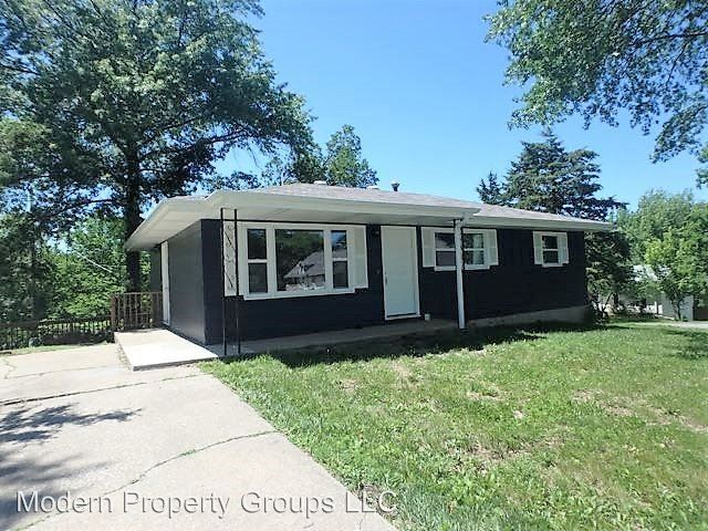 3 Bedrooms 1 Bathroom Apartment for rent at 2317 Tremaine Dr in Columbia, MO