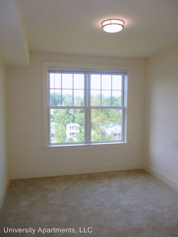 2 Bedrooms 2 Bathrooms Apartment for rent at 1029 Wertland Street in Charlottesville, VA