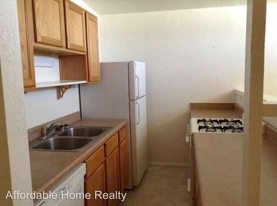 2 Bedrooms 1 Bathroom Apartment for rent at 3647 E 2nd Street in Tucson, AZ