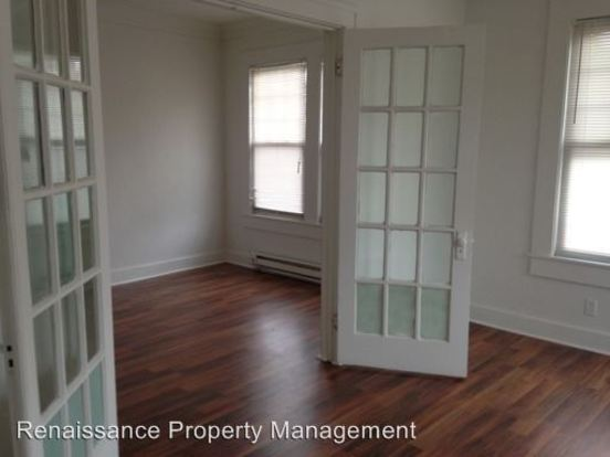 1 Bedroom 1 Bathroom Apartment for rent at 1704 N College Avenue in Indianapolis, IN