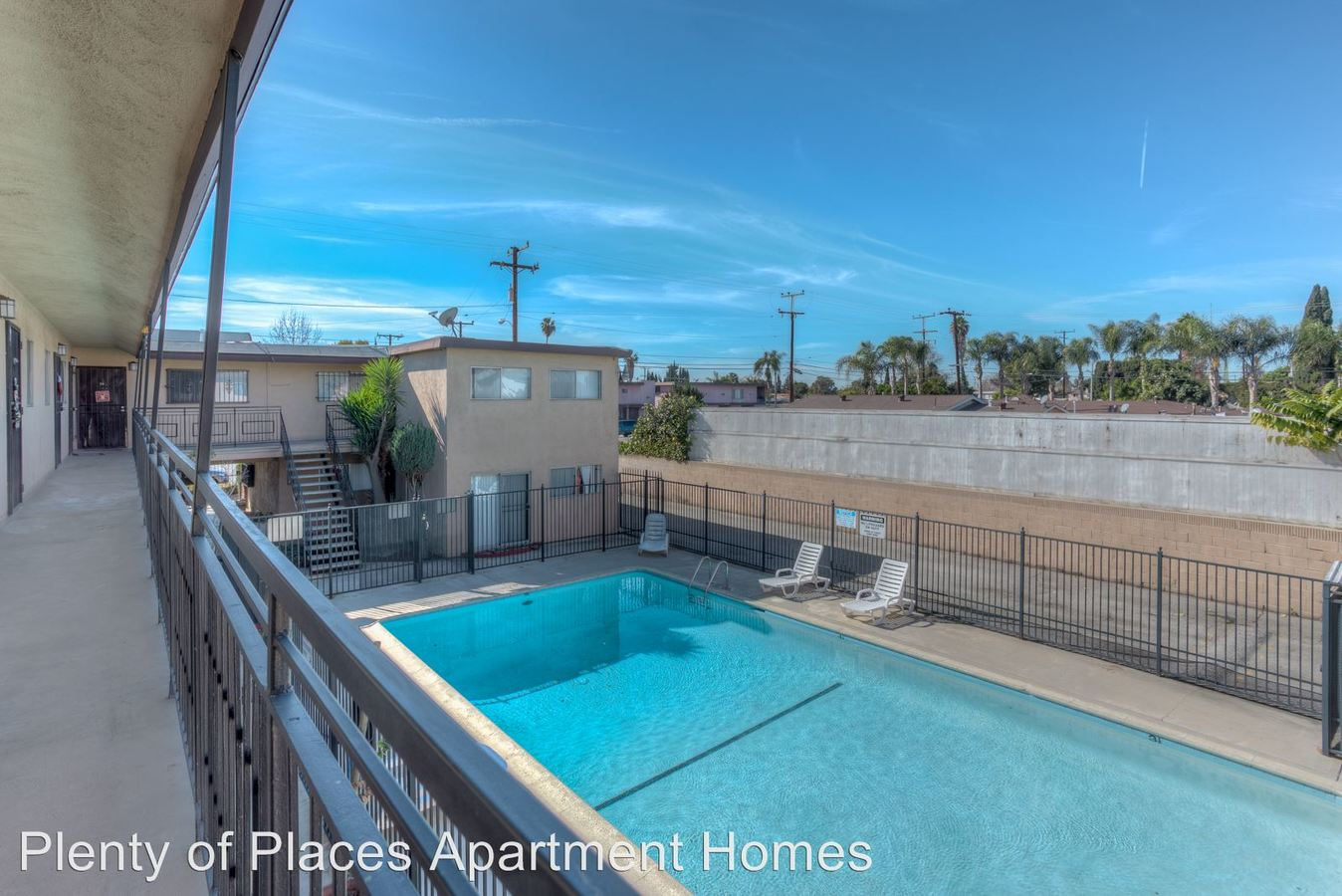 3 Bedrooms 1 Bathroom Apartment for rent at Carlin 4267 Carlin Avenue in Lynwood, CA