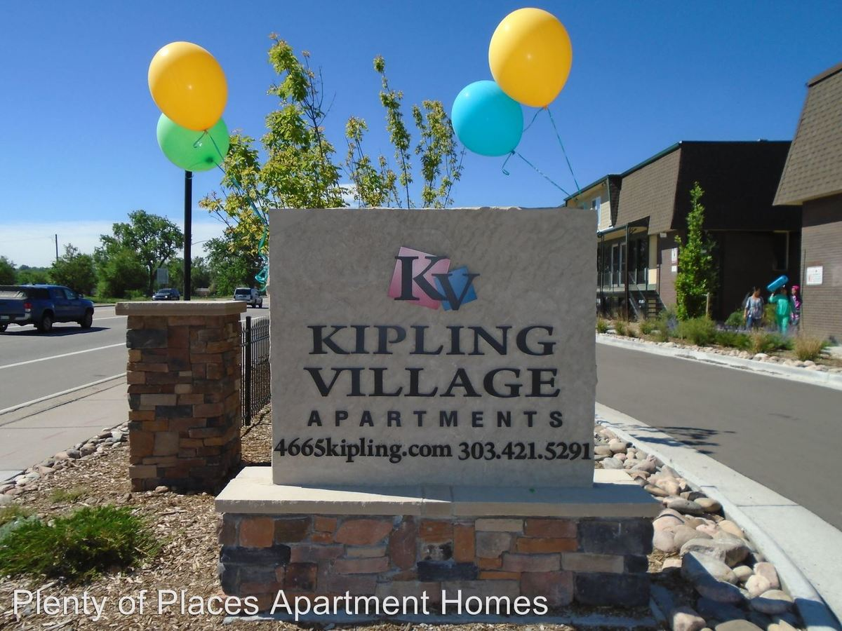 3 Bedrooms 1 Bathroom Apartment for rent at Kipling Village in Wheat Ridge, CO