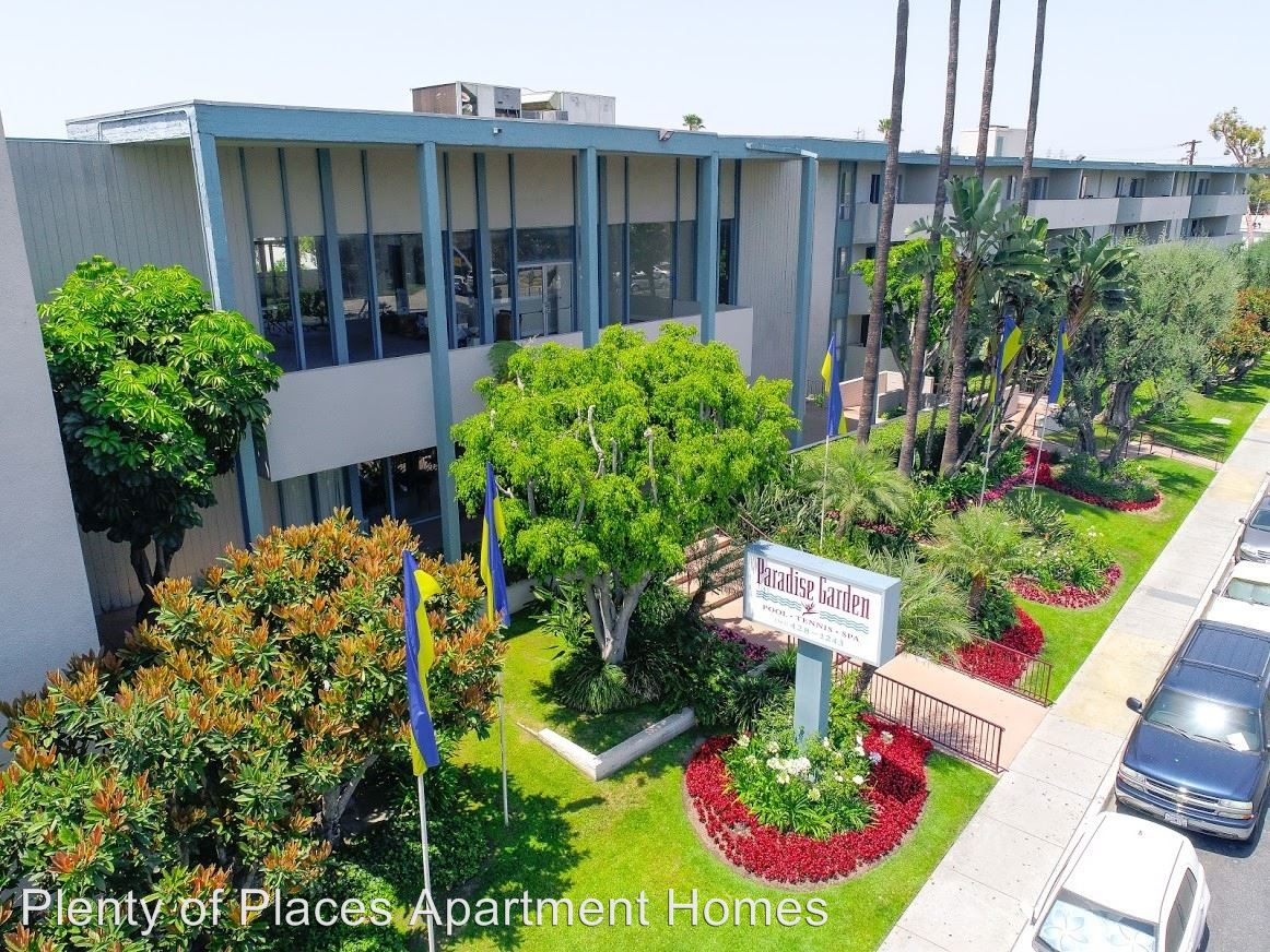 2 Bedrooms 2 Bathrooms Apartment for rent at Paradise Gardens 6477-81 Atlantic Ave. in Long Beach, CA