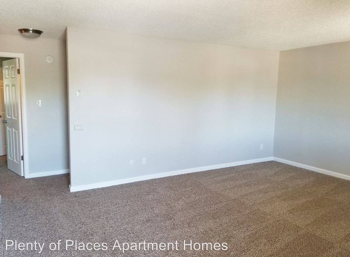 2 Bedrooms 1 Bathroom Apartment for rent at Bear Valley Village in Lakewood, CO