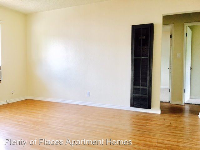 2 Bedrooms 1 Bathroom Apartment for rent at 13818 Arthur Ave. in Paramount, CA