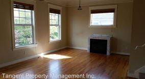 Similar Apartment at 1304 Se Madison
