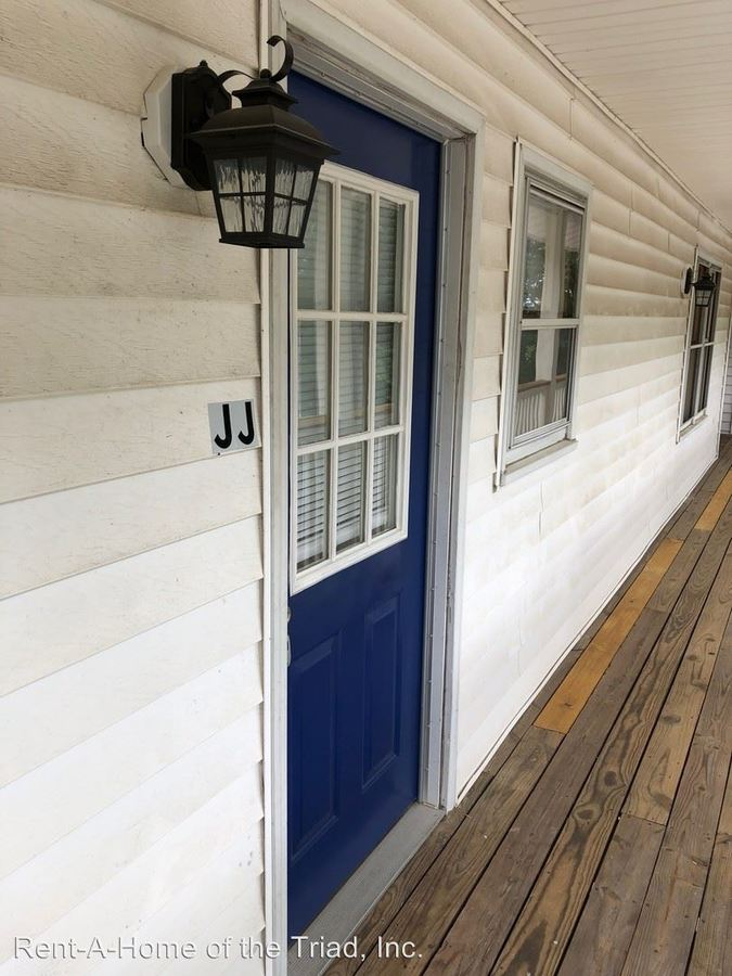 1 Bedroom 1 Bathroom Apartment for rent at 1109 Fuller Street in Greensboro, NC